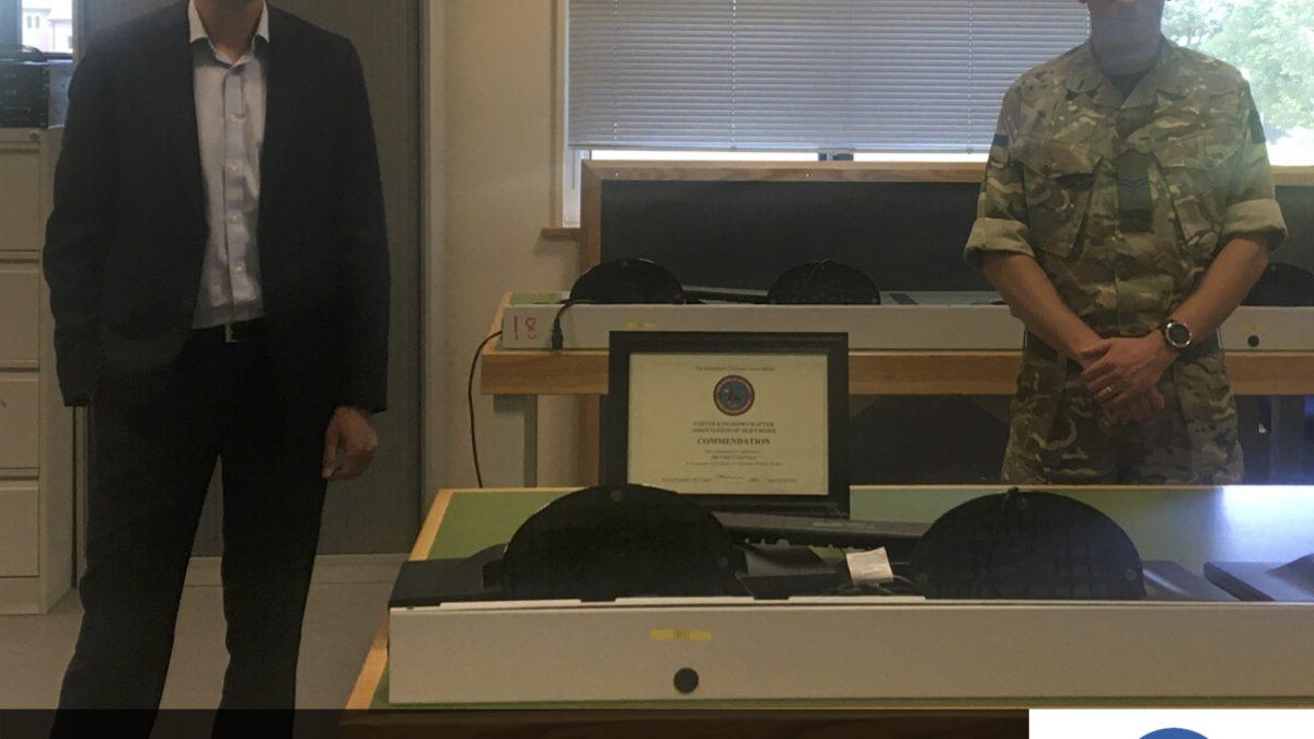 EWS presents Army Yeoman of Signals (EW) Top Student award